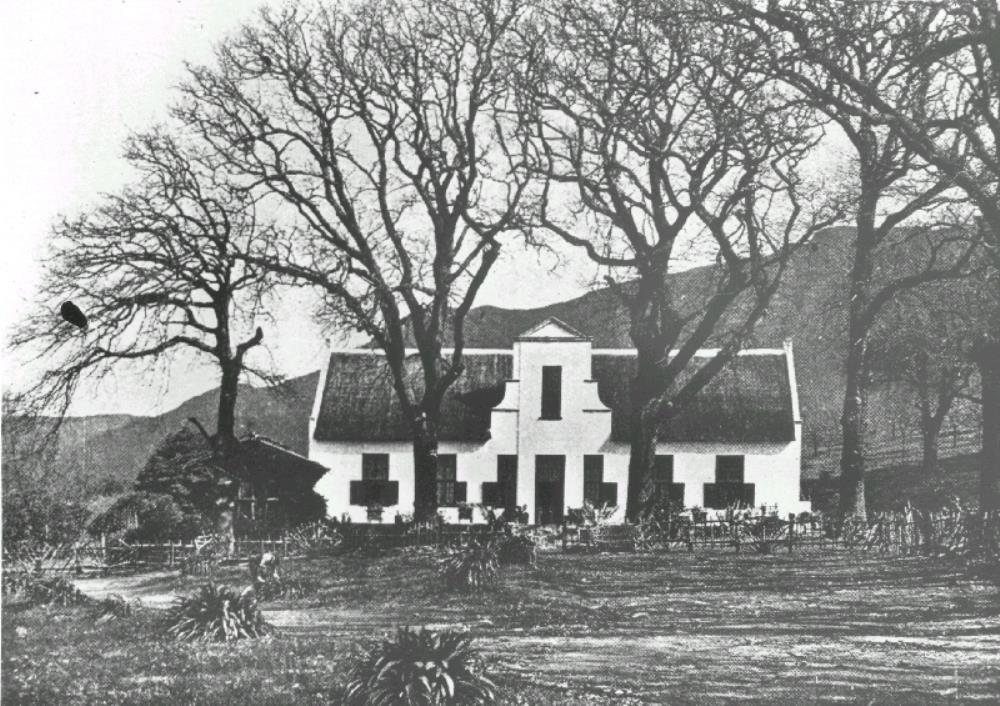 Frontage of the Klein Constantia country house on the Cape peninsula